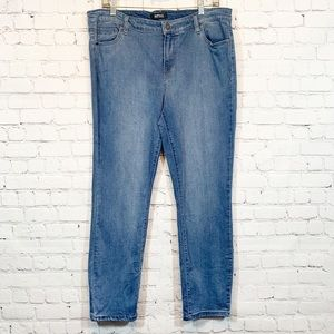 David Buffalo Jeans | Aubrey Soft Ankle Grazer